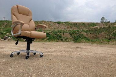 pisarniski-stoli-stol